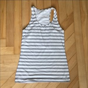 Gap Fit Workout Tank Size Extra Small